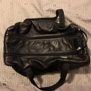 Double zipper black bag